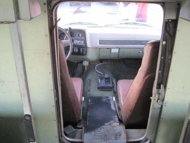 used-1984-chevrolet-d30_ambulance-m1010cucv-1151-6077924-15-640.jpg