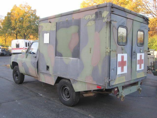 used-1984-chevrolet-d30_ambulance-m1010cucv-1151-6077924-2-640.jpg