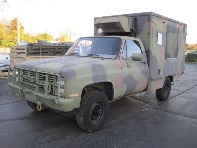 used-1984-chevrolet-d30_ambulance-m1010cucv-1151-6077924-3-640.jpg