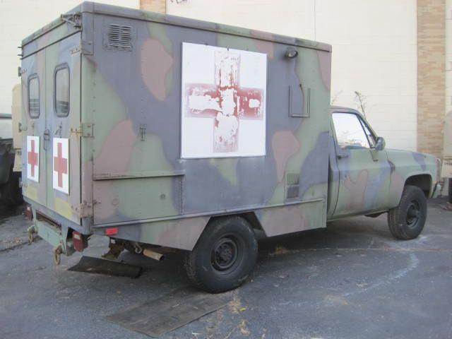 used-1984-chevrolet-d30_ambulance-m1010cucv-1151-6077924-4-640.jpg